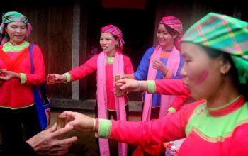 Phong tục đặt tên kỳ bí của người dân tộc giáy ở Lào Cai